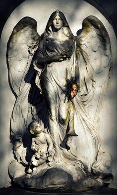 Ein Engel für jeden, der gerade dringend einen braucht.... http://fc-foto.de/33062932