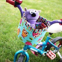 Un panier en tissu pour un vélo d'enfant / A cloth basket for child's bike