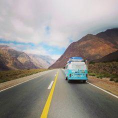 Liked on InstaGram: A tal da cordilheira dos Andes... Como é alta em seus 4 mil metros de altitude, é chegar perto das nuvens.