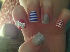 4th of July Nails - don't like the big bow, but i like the chevron