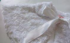 Girls Capelet - White Capelet - Flower Girl Capelet - Faux Fur Capelet - Girl Cape - Fancy Capelet - White Faux Fur Wrap - Toddler Cape