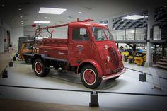 Camion DMAH Servie Icendie (1948)   Flickr - Photo Sharing!