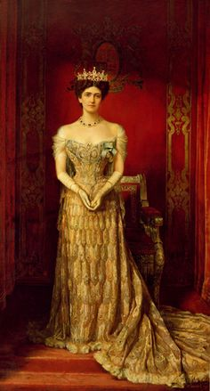 Lady Mary Curzon wearing the famous peacock dress. Worth made another beetle wing embroidered dress, it is on a painting from John Singer Sargent sold years ago. Maybe I find it somewhere….