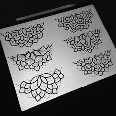 Mandalas walkup flash for I've got space on both days put aside for walkup spaces, on a first come first served basis. Line Art Tattoos, Cute Tattoos, Leg Tattoos, Beautiful Tattoos, Tattoos For Guys, Tattoo Art, Tatoos, Half Mandala Tattoo, Mandala Tattoo Design