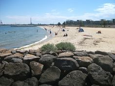Port Melbourne Beach - Between Port Melbourne Yacht Club and Lagoon Pier