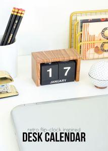 Flip-Clock Inspired Desk Calendar