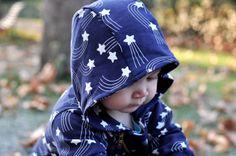 Bei Paul & Paula findet man schöne Fotos von modisch gekleideten Babys.