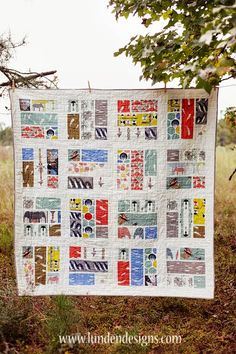 FabricWorm: On The Fence Quilt | A Tutorial from Lunden Designs