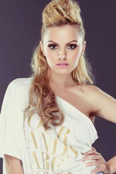 Alexandra Stan is honestly perfect Beautiful Eyes, Most Beautiful, Beautiful Women, Stan Love, Alexandra Stan, Celebs, Celebrities, Hollywood Stars, Girl Crushes