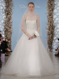 The Spring 2014 Oscar de la Renta Bridal Collection Dazzles