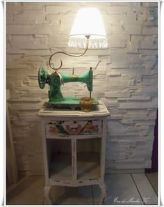 Old sewing machines Shabbate - The Italian blog on the Shabby Chic and beyond