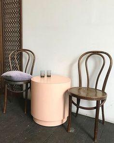 Happy Valentines night lovers 💕💕💕. Pale pink vintage laminate drum table $265 • vintage Thonet style bistro chairs $60 each. 〰〰〰#midcentury #valentineday #pink #pinktable #thonet #bistro #datenight #lovers #style #palepink #pantone #trends #interiordesign #mood #goals #love #lovers #need #dinner #chill #homeunion #bentwood #midcentury #midcenturymodern