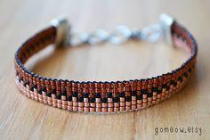 Bracelet cuivre délicat / / perles Loom / / Bracelet de par Gomeow