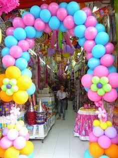 FIESTAS Y DETALLES: arco en globos fiesta de carnaval