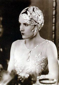 Evelyn Brent - Would love to find a headpiece like this wear while I have no hair!