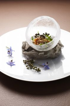 """Alain Ducasse-DoDong: Clam """"Geoduck"""" en fines tranches marinées gingembre/poivre de Sichuan Frais. Note: you can make your dish in ice - perfect for keeping the dish fresh & so beautiful to serve"""