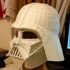 This Star Wars papercraft is a life size Darth Vader helmet, created by Joey Juvito. The size of finished model is about 380 (H) x 333 (W) x 374 (D) mm. Yo Source by mildredhuerta Dresses Darth Vader Helm, Vader Helmet, Star Wars Helm, Star Wars Sith, Cardboard Sculpture, Cardboard Art, Costume Star Wars, Darth Vader Costumes, Darth Vader Cosplay
