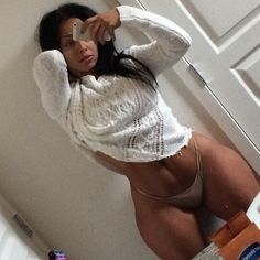These Pics Of Ashlee Monroe Makes You Want To Call A Shorty Over | Forbez DVD