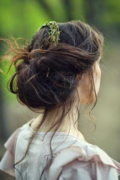 .adorable hair look