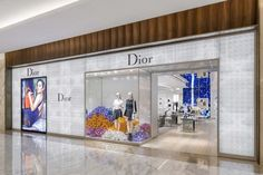 Dior Store by Peter Marino, Mexico City – Mexico Shop Interior Design, Retail Design, Store Design, Exterior Design, Boutique Dior, Dior Store, Shop Facade, Shop House Plans, Shop Front Design