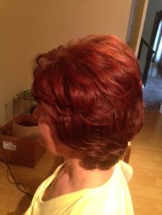 short hairstyle, mother of the bride, short wedding hair