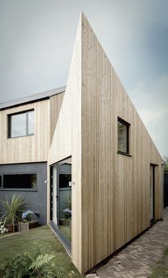 side extension + remodelling - Vale of Glamorgan, South Wales - Blee Halligan - 'Ugly House to Lovely House' - Architecture Images, Residential Architecture, Wooden Cladding, Hidden House, Amazing Spaces, House Extensions, New Builds, Being Ugly, House