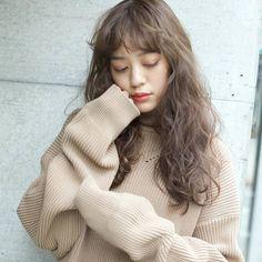 Fringe Bangs, Short Fringe, Hair Inspo, Hair Inspiration, Wavy Hair Perm, Korean Hair Color, Salon Style, Permed Hairstyles, Medium Long