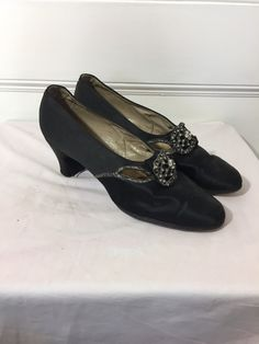 08baaf19c7c Vintage 1930s Shoes - Black Satin Gatsby Pumps with Rhinestone Buckle -  Steampunk Shoes