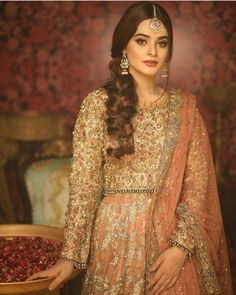 New bridal pakistani makeup outfit Ideas Party Wear Indian Dresses, Asian Wedding Dress, Pakistani Wedding Outfits, Pakistani Dresses Casual, Pakistani Wedding Dresses, Wedding Dresses For Girls, Pakistani Dress Design, Bridal Outfits, Indian Outfits
