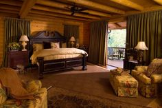 A wonderful bedroom with a sliding door on to the private deck overlooking the Great Smoky Mountains.  What a way to wake up in the morning!