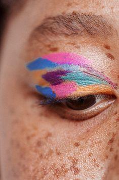 "History of eye makeup ""Eye care"", quite simply, ""eye make-up"" has long been a subject Rainbow Eye Makeup, Rainbow Eyes, Colorful Eye Makeup, Makeup Inspo, Makeup Art, Makeup Inspiration, Beauty Makeup, Makeup Ideas, Makeup Tutorials"