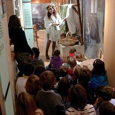 Le anguane dei boschi, protagoniste di tante leggende delle Dolomiti, al museo Etnografico delle Regole d'Ampezzo.