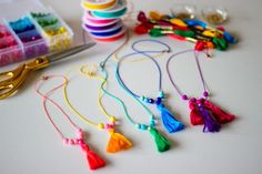 Necklaces Diy Try your hand at making our own DIY Tassel Necklaces. The bright colors almost promise that Spring is on its way! - Try your hand at making our own DIY Tassel Necklaces. The bright colors almost promise that Spring is on its way! Diy Tassel, Tassels, Easy Art For Kids, Homemade Art, Kids Jewelry, Jewelry Making, Diy Craft Projects, Craft Ideas, Tassel Necklace