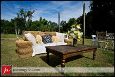 Outdoor Haybale Couch - Cocktail Hour Seating Photo Taken at Cross Creek Ranch in Dover, FL Christmas Mini Sessions, Christmas Minis, Wedding Tent Decorations, Rustic Wedding, Diy Wedding, Dream Wedding, Wedding Ideas, Barn Parties, Wedding Furniture