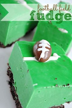 Football Field Fudge... think I will use peppermint and make this mint chocolate chip... who is with me??