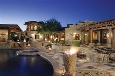 You can find a great deal on real estate in Phoenix, Arizona!
