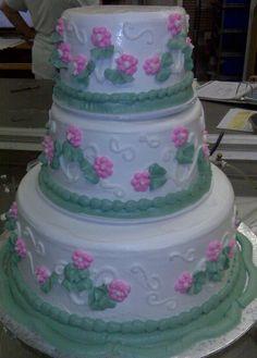 How pretty! #wedding #cake
