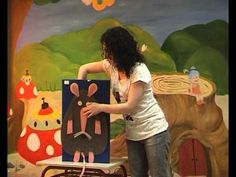 ▶ Un bicho extraño - YouT Teaching Spanish, Story Time, Storytelling, Projects To Try, 1, Classroom, Painting, Ideas, Youtube