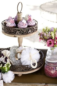 {Inspiration shoot} radiant orchid desserts