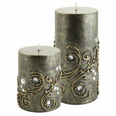 I love the gold and diamond embellishing all around the candles. Perfect for a kitchen or living room decoration. Black Gem Pillars