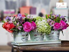 LOS MEJORES ARREGLOS FLORALES A DOMICILIO. En Lilium personalizamos su sorpresa, y para ello, contamos con diversos tipos de flores, tales como rosas, tulipanes, girasoles, lilis, anthurios, heliconias, orquídeas , perritos, alstromelias, gerberas, flores exóticas y diversos follajes, que son colocadas en hermosas bases de diferentes materiales como: vidrio, bases vintage y bases de cerámica, entre otros. #losmejoresarreglosfloralesadomicilio