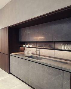 inspiring modern luxury kitchen design ideas 21 - New Site Luxury Kitchen Design, Kitchen Room Design, Best Kitchen Designs, Luxury Kitchens, Home Decor Kitchen, Interior Design Kitchen, Kitchen Furniture, Kitchen Ideas, Diy Kitchen