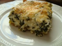Everyone usually has one or two traditional food dishes that they have every Christmas. One of ours is Spinach Cheese Casserole. Side Dish Recipes, Veggie Recipes, Cooking Recipes, Quiche Recipes, Healthy Recipes, Food Dishes, Side Dishes, Pasta Dishes, Main Dishes