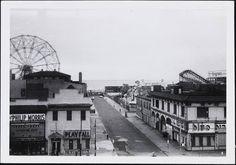 Coney Island 1955 Tunnel Of Love, Coney Island, New York City, Fair Grounds, Street View, Travel, Viajes, New York, Destinations