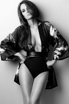 Miss Priscila Machado posa sexy para editorial de moda