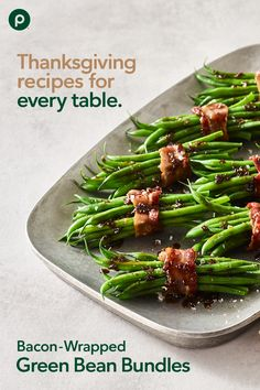 Savory Thanksgiving recipe with bundles of flavor! Green Bean Bundles, Bacon Wrapped Green Beans, Veggie Display, Publix Aprons Recipes, French Green Beans, Beans Recipes, Foods To Eat, Thanksgiving Recipes