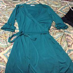 Calvin Klein dress Super cute!! Wore it once for a dinner Calvin Klein Dresses
