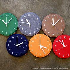 Felt Clock Mini - Red, Navy, Green, Orange, Brown, Orange, Gray. $25.00, via Etsy. 18cm so cute