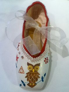 Harry Potter Theme Decorated Pointe Shoe by JazzedUpPointes on Etsy