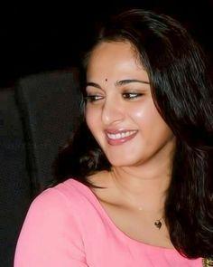 Anushka Shetty- anushka,anushka hot,anushka photos,Latest News,movies,Wallpapers,Photos, Videos: anushka telugu photos